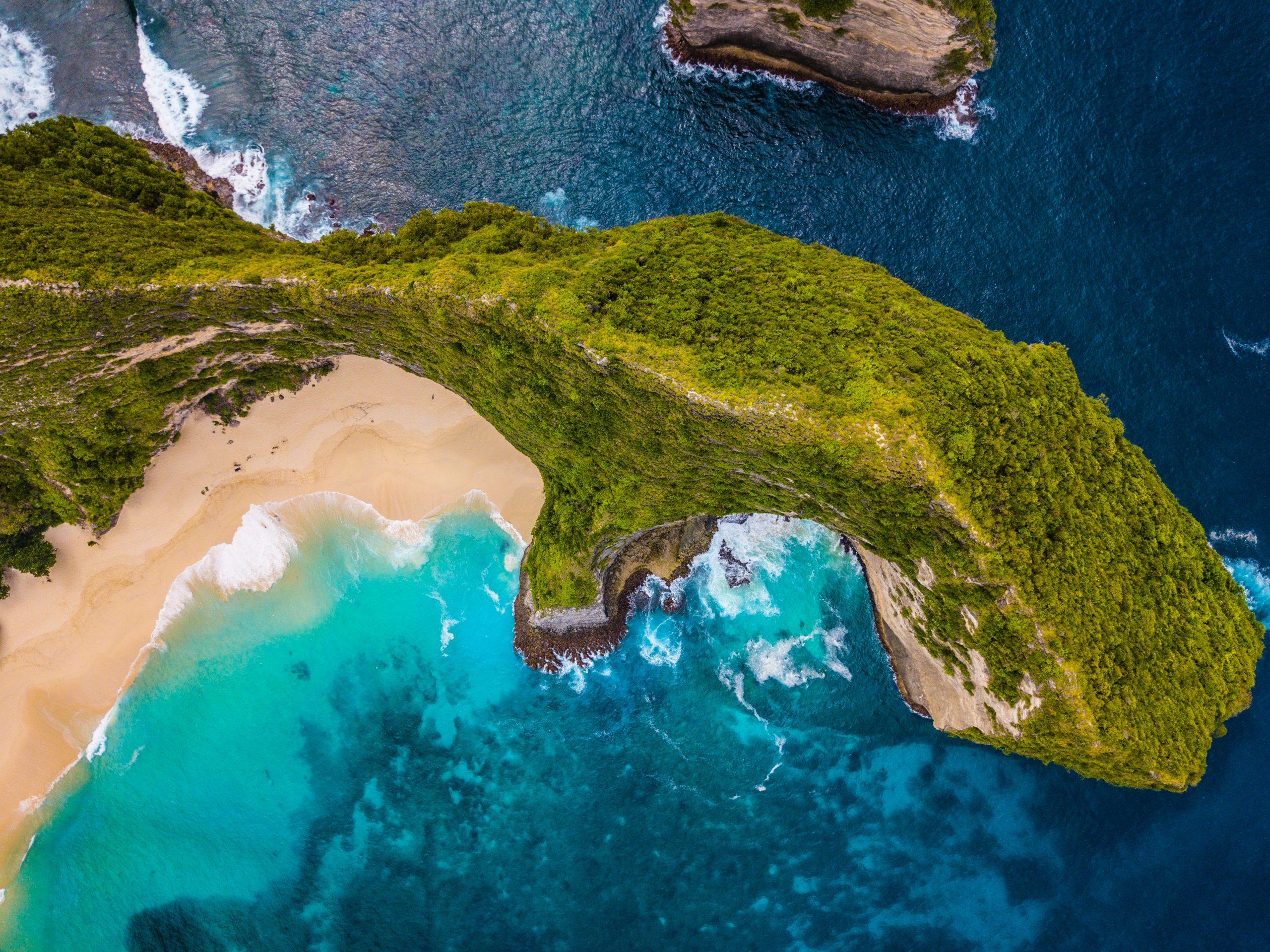 PACKAGE บาหลี-เกาะนูซาเปอนิดา-ทานาห์ลอต-อูลูวาตู 4วัน3คืน